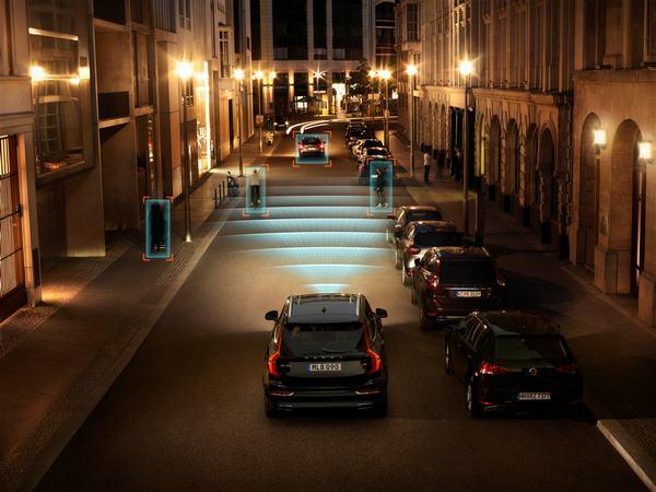 Hệ thống An toàn City Safety trên Volvo XC90