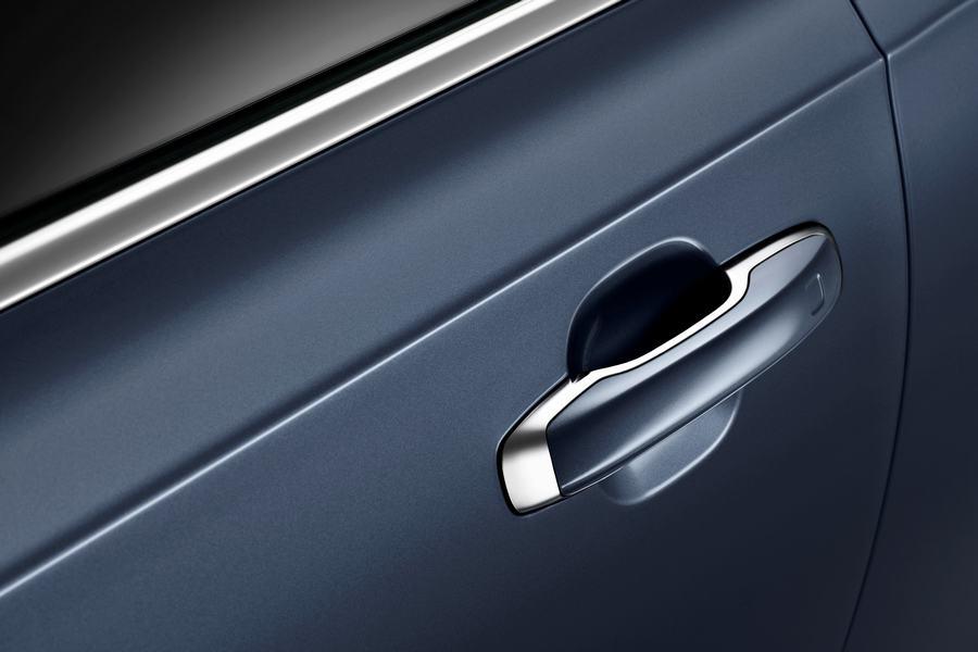 Hình 03 - ngoại thất xe Volvo S90