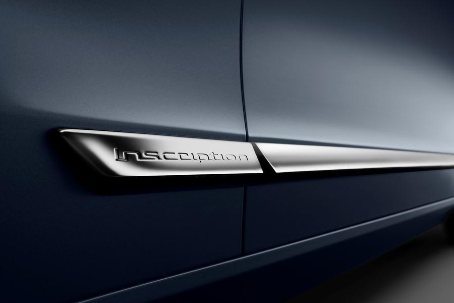 Hình 01 - ngoại thất xe Volvo S90