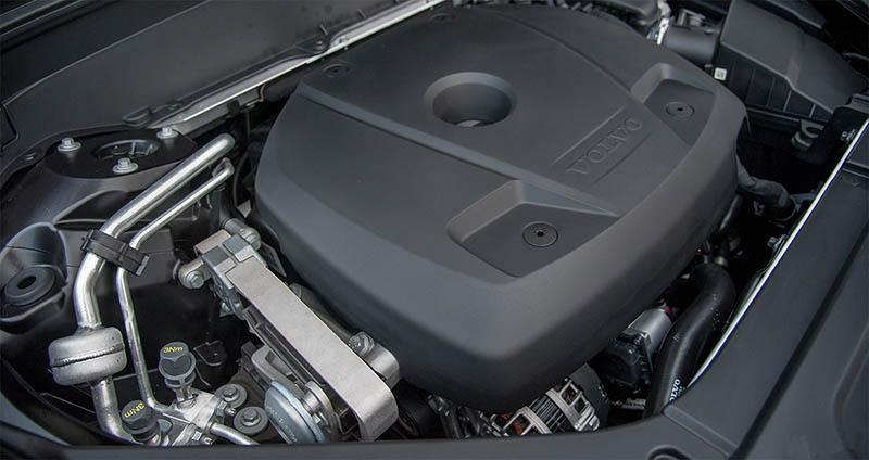 Hình 13: Nên mua Volvo Xc90 hay BMW X5