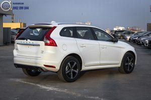 Hình 01 : Volvo XC60 - SUV bán chạy nhất châu âu