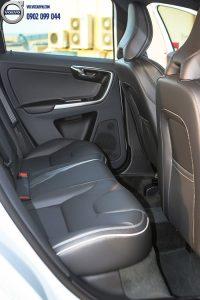 Hình 05 : Volvo XC60 - SUV bán chạy nhất châu âu