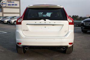 Hình 10 : Volvo XC60 - SUV bán chạy nhất châu âu