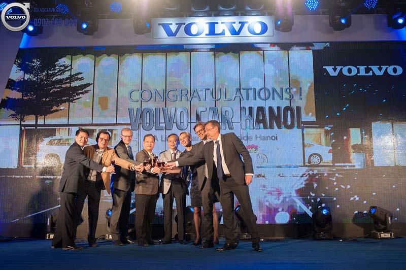Hình 01: Volvo Car Hà Nội chính thức khai trương