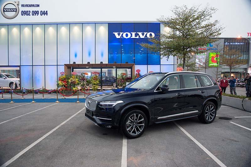 Hình 03: Volvo Car Hà Nội chính thức khai trương