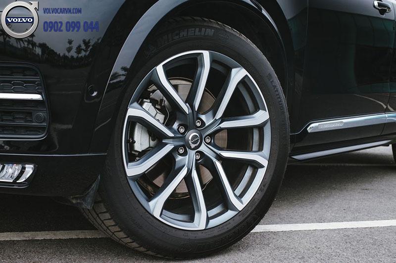 Hình 04 - Chi tiết xe Volvo XC90