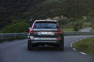 Hình 02 - Giá xe Volvo XC60 2018