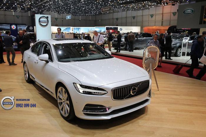 Hình 03: Volvo Việt Nam tham dự Motorshow 2017