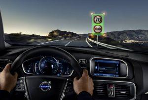 Hệ thống nhận dạng biển báo giao thông trên xe Volvo