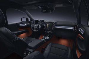 xe Volvo XC40 2018