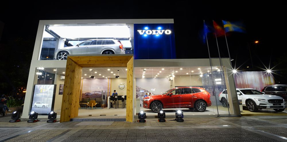 Hình 03 - Volvo đà nẵng mobile showroom